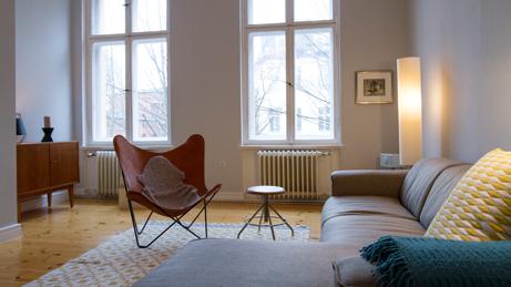 VillaroHome-Fotoservice-Altbauflair-hohe-helle-Wohnräume