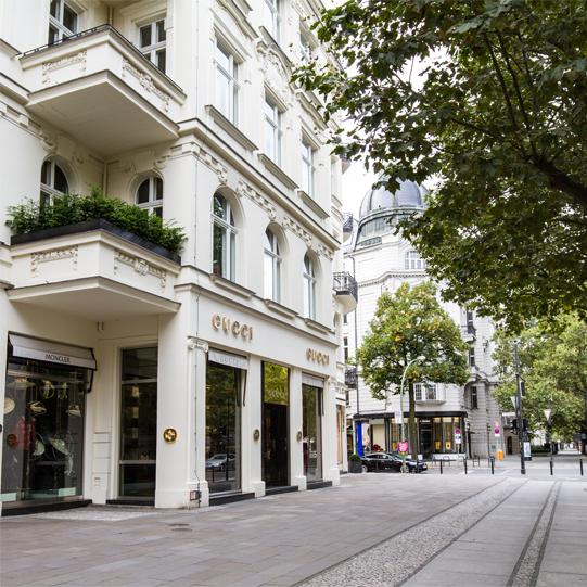historische, elegante Altbau-Wohnungen auf Zeit in Berlin am Kurfürstendamm