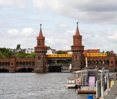 Wohnen auf Zeit Berlin-Friedrichshain Oberbaumbrücke