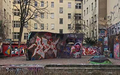 Wohnen auf Zeit Berlin-Friedrichshain Mauer